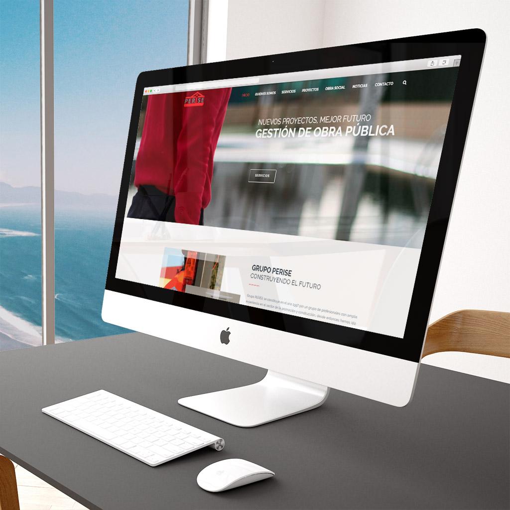 ANDANAsolutions streetphoto moda y complementos diseño web y fotografía de producto ecommercer en valencia perise